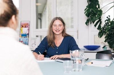 Sabine Facuse, Sozialarbeiterin SORA