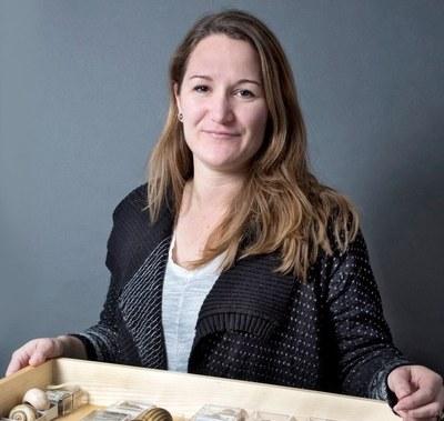 Estée Bochud, Biologin