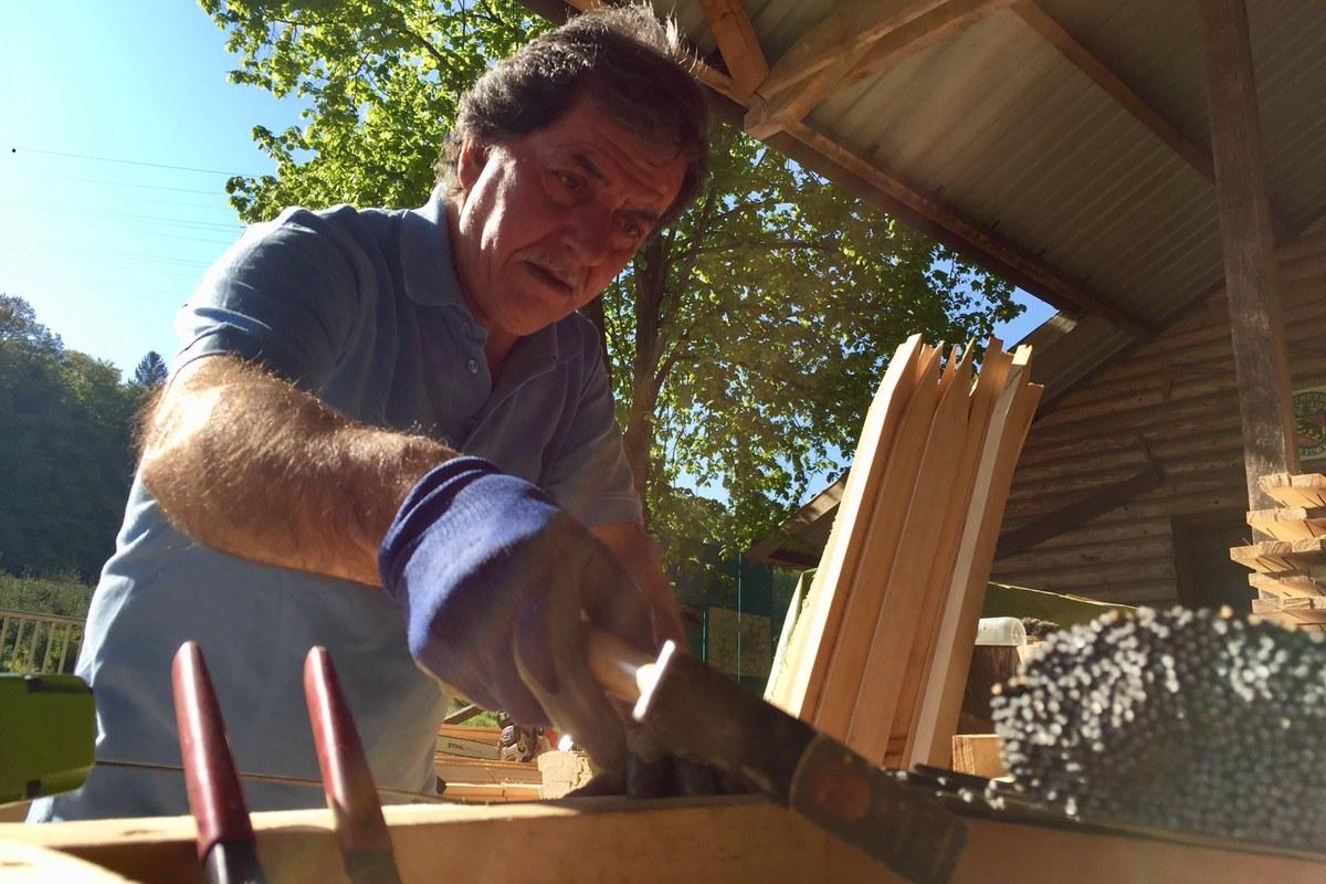 Der Hammer als neues Werkzeug von Alfredo. Vergrösserte Ansicht