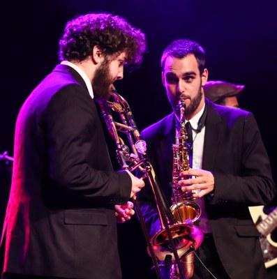 Eine energiegeladene Performance der Funk-Band eröffnete die Preisverleihung.